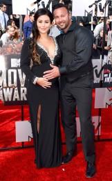rs_634x1024-140413163054-634.Jennifer-JWoww-Farley-Roger-Mathews-MTV-Movie-Awards.ms.041314